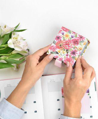 diseño flores libreta cuadrada notas